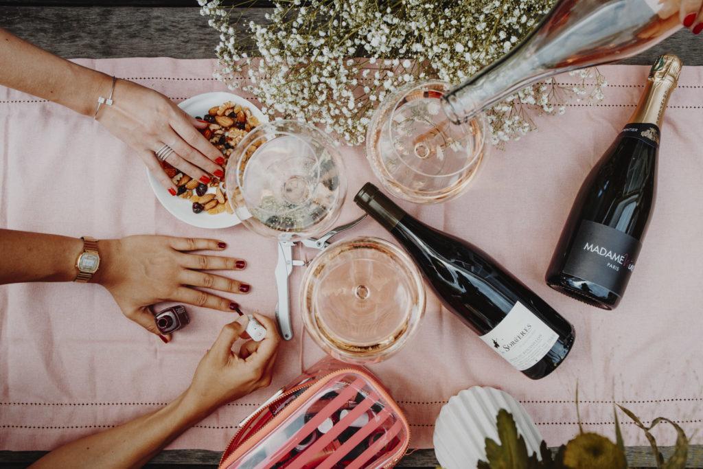 ambiance soirée entre filles madame wine